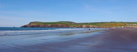 Newport Sands in Pembrokeshire, Looking towards Morfa Head